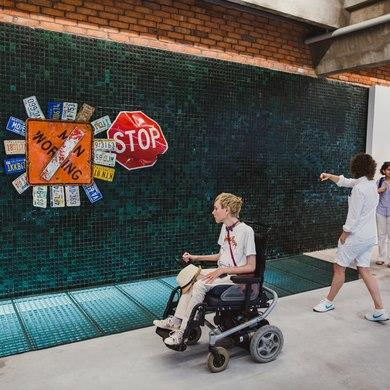 Среда, доступная для всех: что делать в Парке Горького людям с ограниченными возможностями