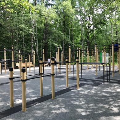 Обновленная воркаут площадка и спортивный турнир в Нескучном саду